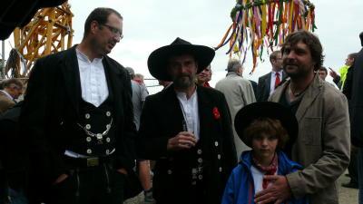 calden richtfest flughafen 01 06 2012
