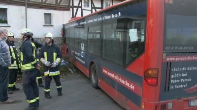 hesslar busunfall 12 11 2012