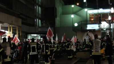 wiesdaden feuerwehr demo 20 12 2012