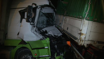 hasselberg lkw unfall a7 02122013