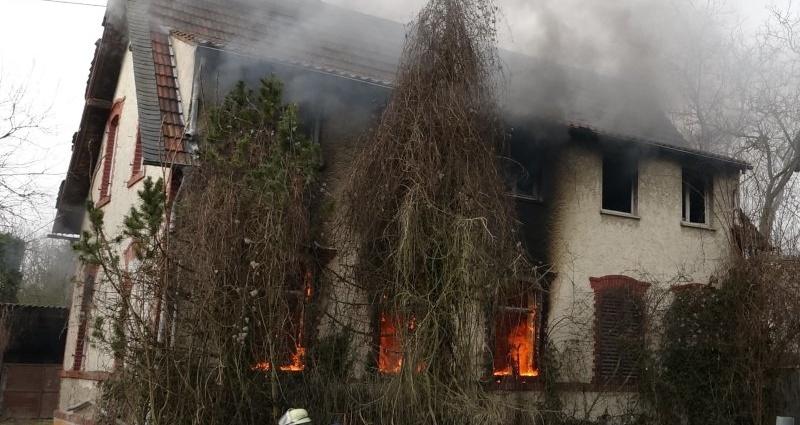 wiesbaden hausbrand 17022015