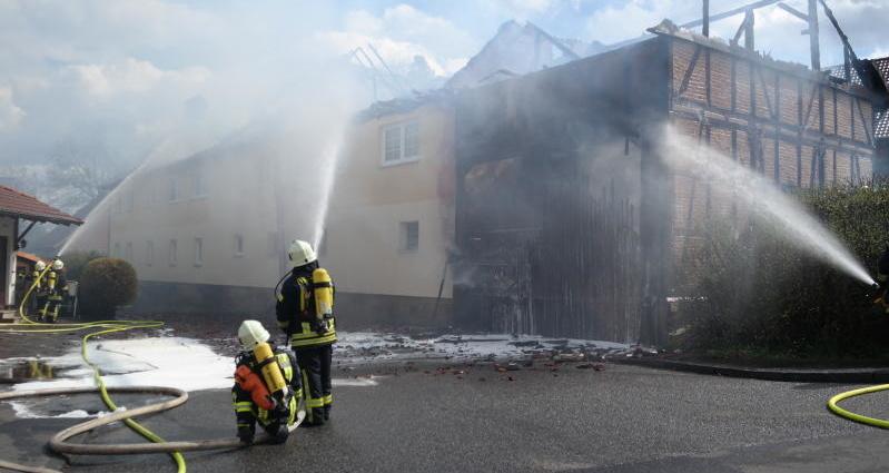 grifte wohnhausbrand 06042016