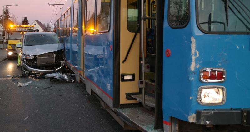 kassel strassenbahnunfall 25112016