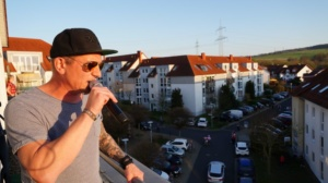 lohfelden balkonkonzert 05042020040