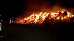 schwalmstadt scheunenbrand 30042020005