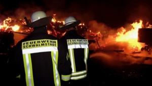 schwalmstadt scheunenbrand 30042020017