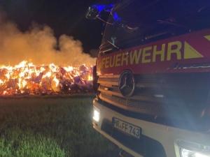 schwalmstadt scheunenbrand 30042020024