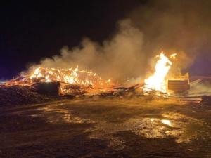 schwalmstadt scheunenbrand 30042020025