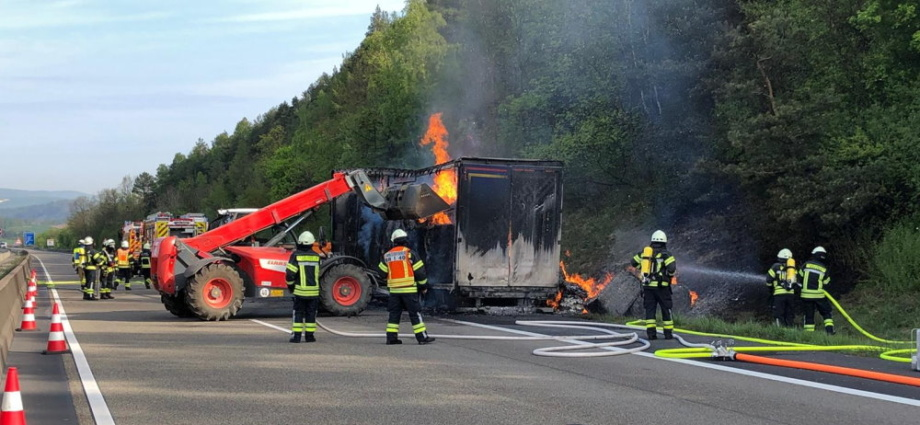 warburg lkw brand 28042020