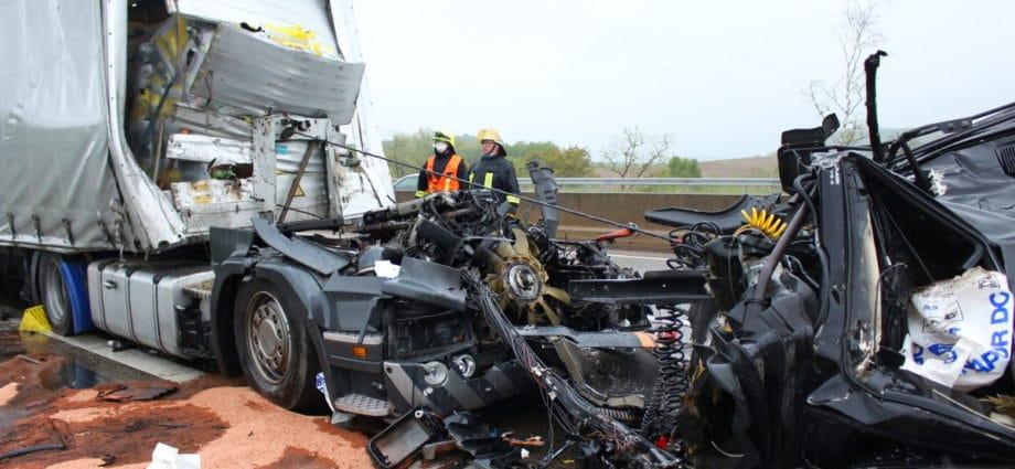 diemelstadt unfall 2 26052021